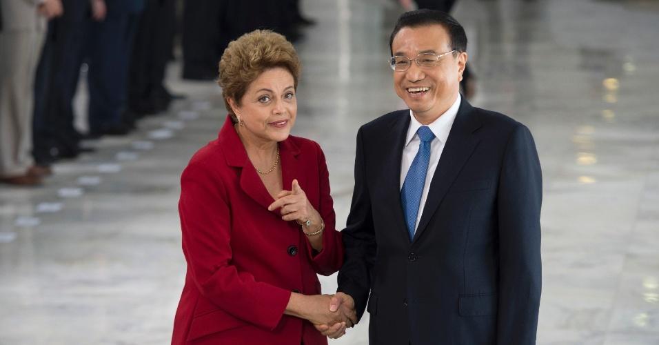 19.mai.2015 - O primeiro-ministro chinês, Li Keqiang, se encontrou na manhã desta terça-feira (19) com a presidente Dilma Rousseff para discutir parcerias de investimento e ampliação do comércio entre os dois países