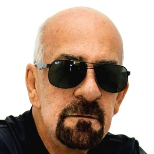 Jornalista Evany José Metzker, 67