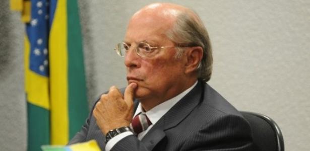 Reale Jr. ajudou a redigir a petição de impeachment do ex-presidente Collor, em 1992