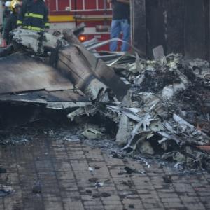 Três pessoas morreram na queda de uma avião no bairro Minaslandia, na região Norte de Belo Horizonte