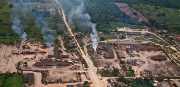 Serrarias do município de Uruará, no Pará, são flagradas em sobrevoo do Greenpeace