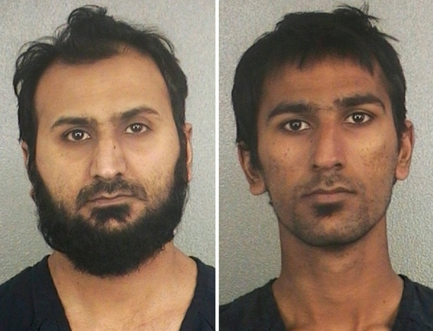 Sheheryar Alam Qazi, 32, (esq.) e Raees Alam Qazi, 22, foram condenados