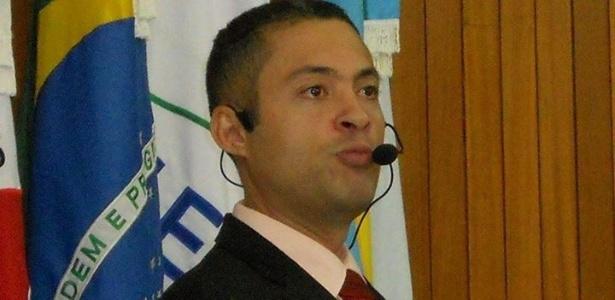 O vereador Rodrigo Cadeirante (PTN-MG) vai ser investigado por mulher ter usufruído do Bolsa Família enquanto ele recebia salário de R$ 14 mil