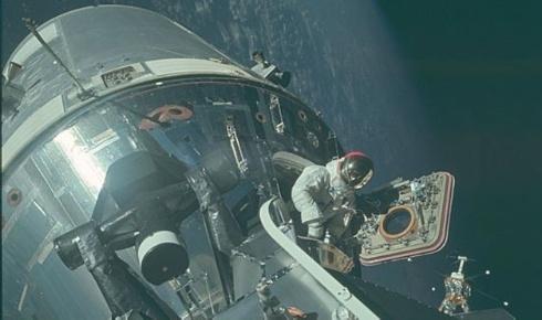 Nasa/Project Apollo Archive