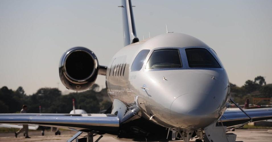 Embraer apresenta  o novo jato executivo Legacy 450, no aeroporto do Campo de Marte em São Paulo