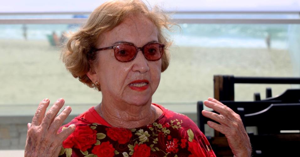 24.set.2015 - Gilka Chaves, 85, há meio século residente em Copacabana, afirmou que não se sente à vontade para circular livremente pelas ruas e avenidas do bairro.