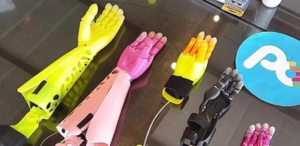 Próteses impressas em 3D, de baixo preço e fabricadas no Paraguai p