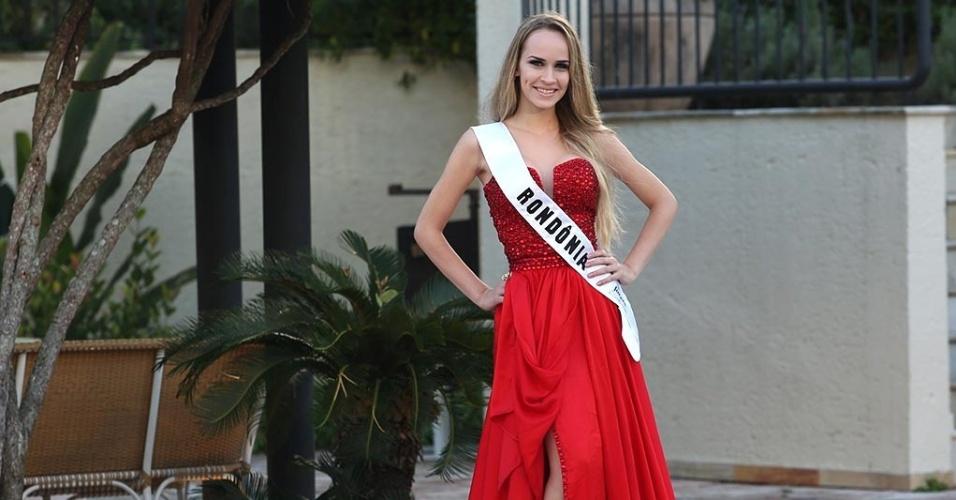 para o desfile da prova de trajes de gala do Miss Mundo Brasil 2015