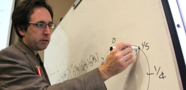 O matemático peruano Harald Helfgott resolveu um problema de quase 300 anos