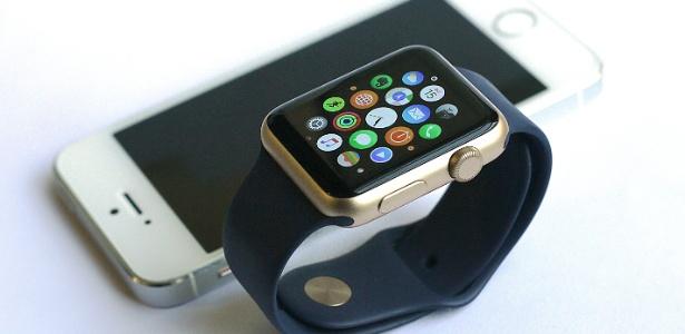 Chega ao Brasil o caro Apple Watch, supérfluo de luxo; veja teste