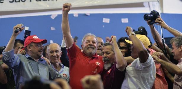 O ex-presidente Lula após depoimento para investigações da Operação Lava Jato