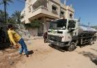 Ele puxa um caminhão com os dentes e resiste a facas na barriga; é o Sansão de Gaza
