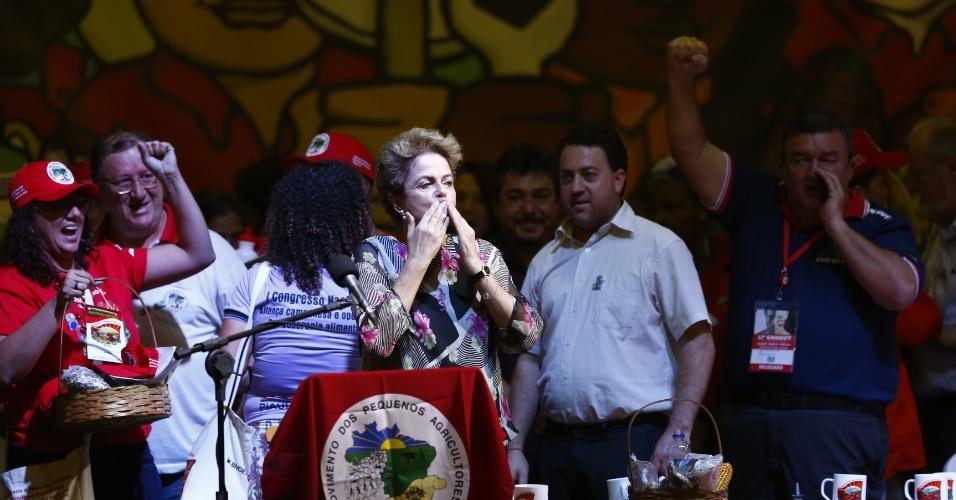 14.out.2015 - A presidente Dilma Rousseff participou do Congresso Nacional do Movimento dos Pequenos Agricultores em São Bernardo do Campo (SP)