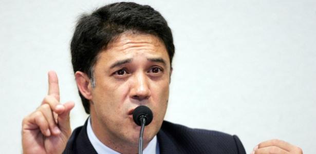 Ex-secretário-geral do PT, Silvio Pereira cumpriu pena alternativa no mensalão