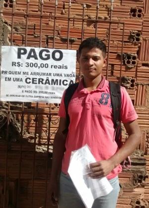 Barbosa: vaga após distribuir currículos