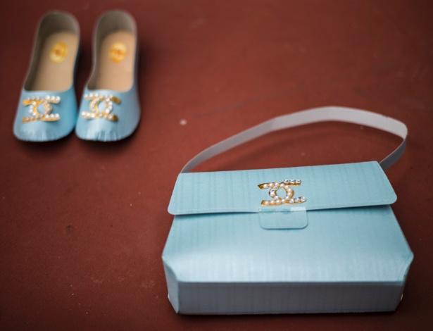 Réplicas de papel de produtos Gucci à venda em Hong Kong para serem queimadas como oferendas a parentes mortos
