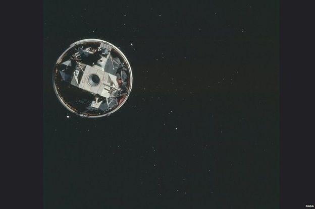 Esta é uma imagem da órbita lunar feita durante a missão Apollo 15