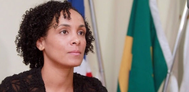 A promotora Lívia Vaz atua em casos de proteção à mulher vítima de violência na Bahia