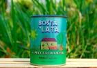 Após dever R$ 1 milhão, empresário agora vende adubo chamado Bosta em Lata (Foto: Divulgação)