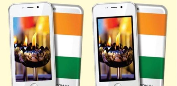 """18.fev.2016 - Smartphone indiano Freedom 251, considerado o """"celular mais barato do mundo"""""""