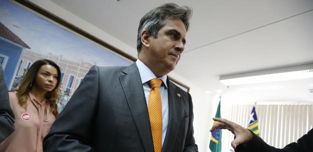 O senador Ciro Nogueira, presidente do PP, em seu gabinete