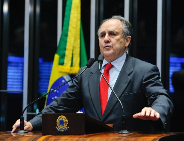 Senador Cristovam Buarque (PPS-DF) foi um dos que declararam voto pró-impeachment