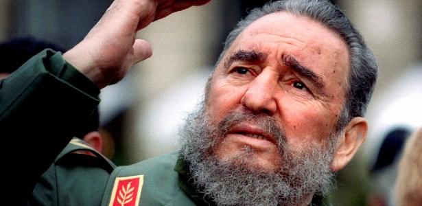 Ex-presidente de Cuba Fidel Castro morre aos 90 anos