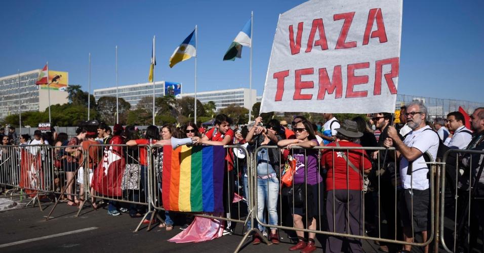 Image result for 10 protestaram em brasilia 29,11,2016
