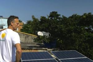 Belga quer revolucionar favelas brasileiras com energia solar (Foto: BBC Brasil)
