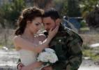 Amor em tempos de guerra: noivos fazem fotos em área devastada na Síria - Joseph Eid/AFP