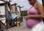 OMS orienta mulheres a cobrir corpo e fazer sexo seguro em áreas afetadas por zika (Foto: Ueslei Marcelino/Reuters)