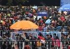 Milhares de passageiros ficaram presos em estação de trem dias antes do Ano-Novo chinês - AFP