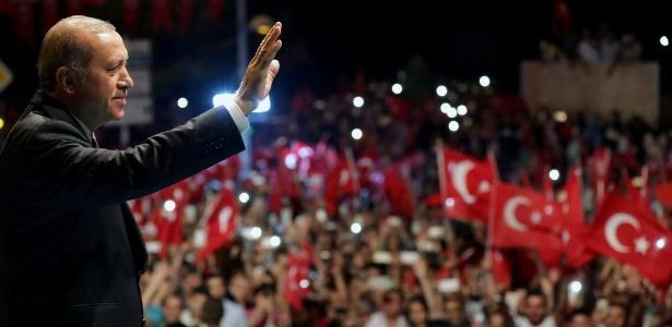 Murat Cetinmuhurdar/Handout