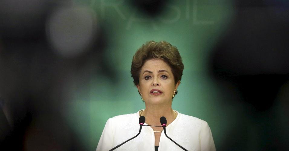 2.dez.2015 - A presidente Dilma Rousseff (PT) se disse