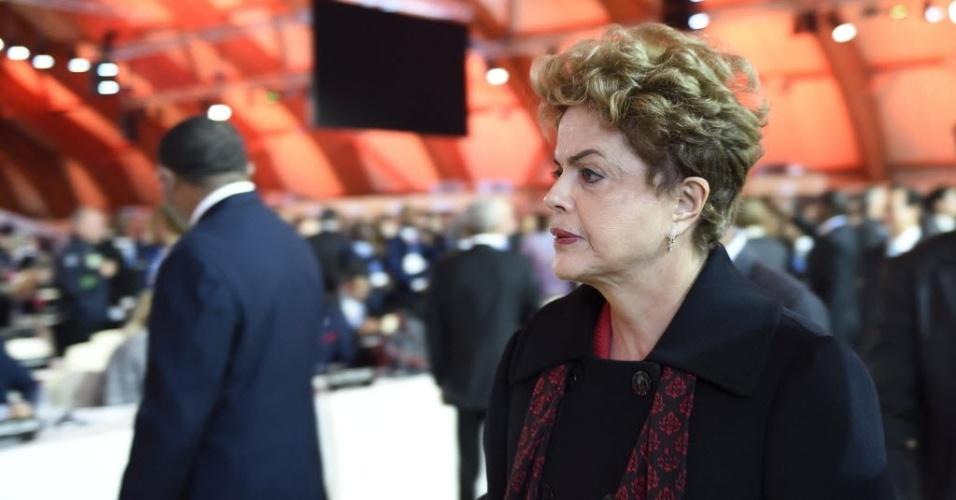 30.nov.2015 - A presidente Dilma Rousseff participa da abertura da COP-21, em Paris