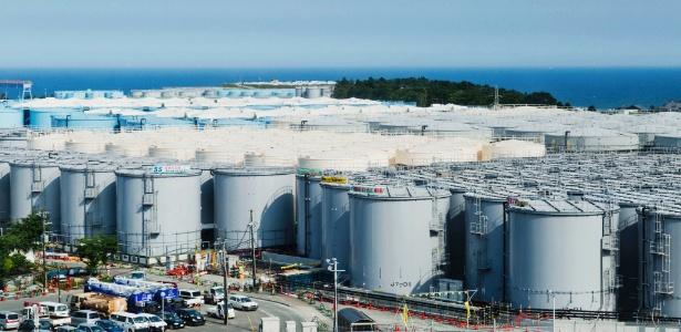 Reservatórios que irão guardar água radioativa na usina nuclear de Fukushima Daiichi, no Japão