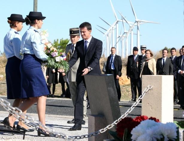 Manuel Valls, premiê da França, participa da inauguração de memorial em Rivesaltes
