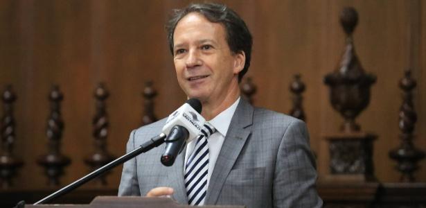 Chefe da Casa Civil de São Paulo, Edson Aparecido (PSDB), comprou apartamento de empreiteiro por menos de um terço do valor de mercado