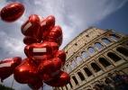 Parlamentares conservadores anunciam referendo contra união homossexual na Itália (Foto: Filippo Monteforte/AFP)