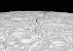 A lua com gêiseres de vapor que pode ter a melhor condição para vida depois da Terra - Nasa
