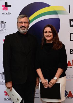 Torquato Jardim e sua chefa de gabinete, Lilian Brandão, são sócios em escritório