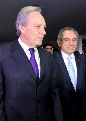 Ricardo Lewandowski (esq)., presidente do STF, e o senador Raimundo Lira