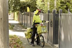 Correio da Austrália se desculpa por entregar postal com 50 anos de atraso (Foto: Australia Post/Divulgação)