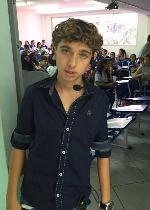 José Victor Menezes Teles, agora com 15, dá dicas para estudar para o Enem