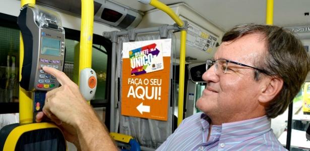 Opção de pagamento por cartão será expandida para 270 ônibus, diz prefeitura