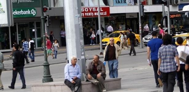 A praça Kizilay, no centro de Ancara, que poderia ser palco de atentados terroristas