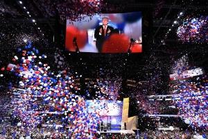 Audiência do discurso de Trump na TV supera a de Hillary em mais de 1 milhão (Foto: Jim Watson/ AFP)