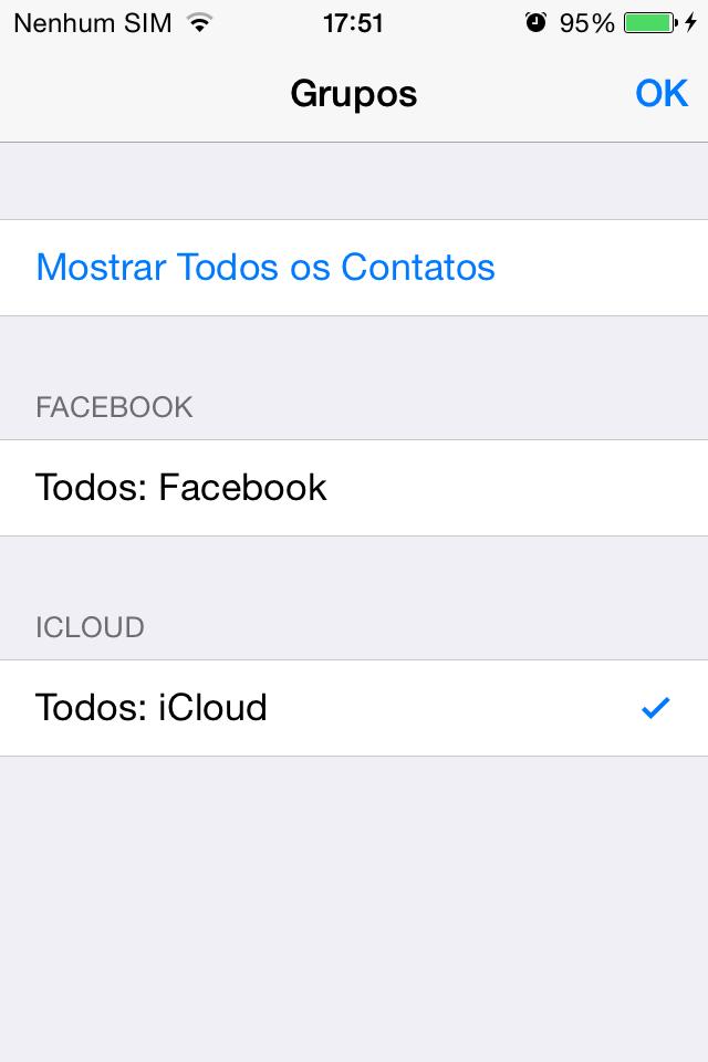 """De iPhone para Android - Passo 2: Para saber de onde vem cada contato mostrado no iPhone, basta ir para o ícone """"Contatos"""" e clicar em """"Grupos"""". Na tela seguinte, escolha quais grupos de contatos você quer visualizar. No nosso exemplo, temos apenas alguns contatos salvos no Facebook e no iCloud, e vamos transferir apenas os contatos que estão no seu iCloud para o Android."""