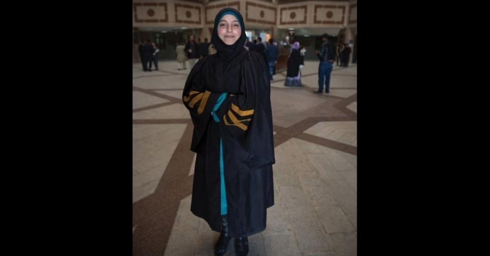 9.fev.2016 - Nour, 18, quer ser advogada para