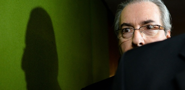 Em abaixo-assinato, 1,3 milhão de pessoas pedem cassação de Eduardo Cunha, presidente da Câmara dos Deputados